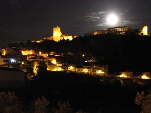 Nem só de iluminação vive o castelo...